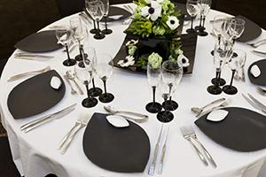 dining300x200